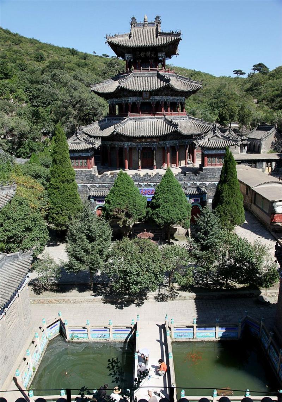 山,泉映衬圣水寺 ---葫芦岛文明网